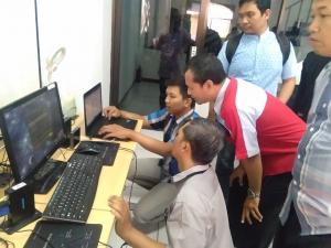 Guru-guru SMK Purwoasri & SMK Ngasem Kediri Jadi Tertarik dengan vcloudpoint